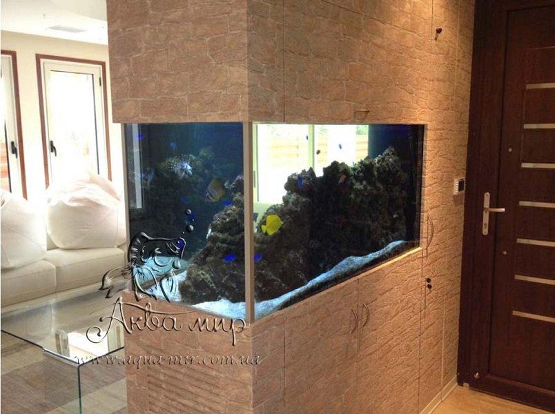 Морской аквариум перегородка 630 литров